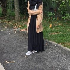 dinner date outfits Niqab Fashion, Modest Fashion Hijab, Modern Hijab Fashion, Street Hijab Fashion, Casual Hijab Outfit, Hijab Fashion Inspiration, Muslim Fashion, Modest Outfits, Fashion Outfits
