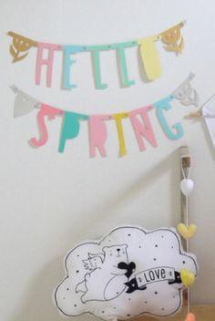 Letter banner pastel? De leukste Sierhangers voor de kinderkamer bij Saartje Prum.