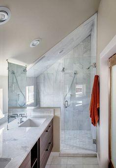 28 Amazing Genius Attic Bathroom Remodel Design Ideas - Page 18 of 30 Small Attic Bathroom, Loft Bathroom, Upstairs Bathrooms, Bathroom Ideas, Master Bathroom, Bathroom Organization, Loft Ensuite, Attic Shower, Houzz Bathroom