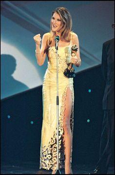 Celine Dion Tour, Goddesses, Divas, Piano, Awards, Glamour, Singer, Queen, Star