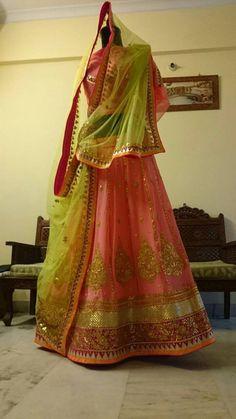 Gota Patti Lehenga, Rajasthani Dress, Visit India, Lahenga, Beautiful Moments, Mehendi, Indian Dresses, Blouse Designs, Sari