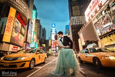 Engagement photo; Prewedding Highlight @ New York; at time square; photo by Shark Jiang