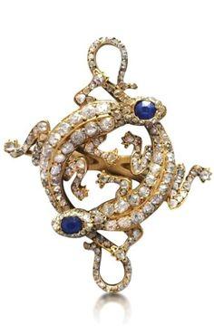 AN ANTIQUE DIAMOND AND SAPPHIRE SALAMANDER RING, CIRCA 1890