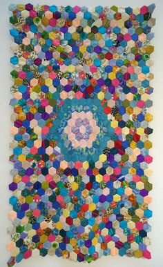 modflowers: festival of quilts - vintage 1960s hexie quilt