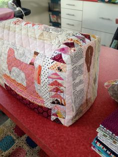 Featherweight Sewing Machine Cover from Rachel | Flickr - Photo Sharing!