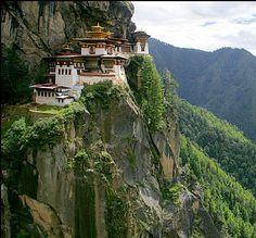 MONASTERIO DEL NIDO DEL TIGRE - Reino de Bhután, Himalaya