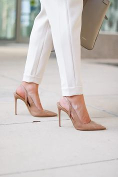 Work Neutral Look For Now And Later - Oh What A Sight To See Autumn Day, Fall, Summer Work Wear, Neutral Outfit, Summer Feeling, White Pants, Pumps, Heels, Work Pants