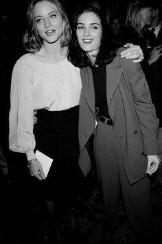 """Jodie Foster y Winona Ryder en el estreno de """"El Pequeño Tate"""" 1991."""