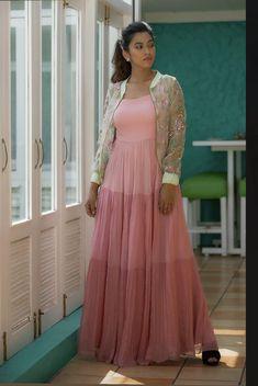 Fashion Pants, Women's Fashion, Fashion Outfits, Indian Bridal Sarees, Cotton Salwar Kameez, Cape Jacket, Floor Length Gown, Saree Styles, Indian Designer Wear