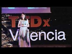 Monica L. Esgueva, CONSTRUIR LOS PUENTES DEL ÉXITO (TEDxValencia 2012)