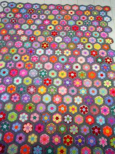 african flower blanket in grey edging   Flickr - Photo Sharing!