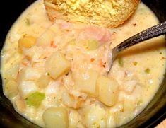 Fish Chowder, Chowder Soup, Chowder Recipes, Seafood Recipes, Soup Recipes, Cooking Recipes, Crab Soup, Seafood