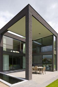 architectenburo bart coenen te antwerpen // architect van moderne woningen Brick Architecture, Modern House Design, Facade, Beautiful Homes, Pergola, Exterior, Outdoor Decor, Projects, Home Decor