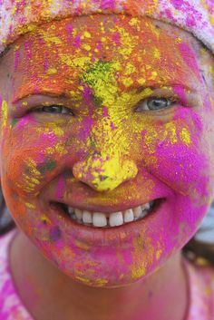 The Color Run - Bucureşti 2014 The Color Run, Carnival, Events, Running, Face, Mardi Gras, Racing, Carnivals