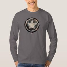 Shop Captain America Grunge Shield T-Shirt created by marvelclassics. Personalize it with photos & text or purchase as is! Ugly Sweater, Graphic Sweatshirt, T Shirt, Coca Cola, Captain America, Shirt Style, Fitness Models, Shirt Designs, Sweatshirts