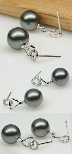 Tahitian Pearl Earrings with diamond