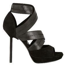 Zapatos altos de tiras