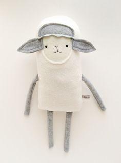 Sheep doll: Finkelsteins il_570xN.595266561_fr9l