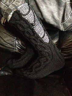Kuka muu muka! Knitting Socks, Combat Boots, Crafting, Pattern, Shoes, Design, Fashion, Boots, Knit Socks