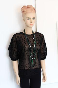FREE sewing tutorial on Greenie Dresses for Less. Sewing Hacks, Sewing Tutorials, Sewing Tips, Sewing Patterns Free, Free Sewing, Dresses For Less, Top Free, Diy Fashion, Balloon