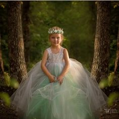 Lace Flower Girls' Dresses Lovely Ball Gown Vintage Girl'S Pageant Dresses With Straps Girls Green Ivory Tule Princess Wedding Party Dresses Gowns Long Dresses From Beautypalace, $64.73| Dhgate.Com