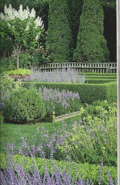 """the Polished Pebble: Ina Garten""""s Garden in the Hamptons Formal Gardens, Outdoor Gardens, Beautiful Landscapes, Beautiful Gardens, Landscape Design, Garden Design, Home And Garden Store, White Gardens, Dream Garden"""
