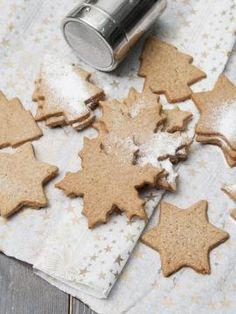 Χριστουγεννιάτικα μπισκότα με μπαχαρικά Sweet Recipes, New Recipes, Holiday Recipes, Cookie Recipes, Favorite Recipes, Recipies, Greek Dishes, Christmas Presents, Xmas