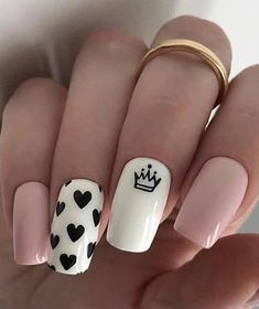 Want some ideas for wedding nail polish designs? This article is a collection of our favorite nail polish designs for your special day. Heart Nail Designs, Valentine's Day Nail Designs, Acrylic Nail Designs, Nails Design, Nails Yellow, Pink Nails, My Nails, Natural Acrylic Nails, Best Acrylic Nails