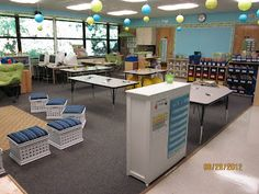 New Adventures in First Grade: Classroom Tour... Finally!