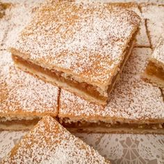 Sweets Recipes, Cookie Recipes, Hungarian Recipes, Hungarian Food, Coffee Dessert, Deserts, Plates, Bread, Vegan