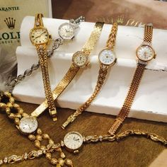 HIROB新丸ビルAntique Jewelry Watch 1点物の可愛いお時計たくさん揃いました