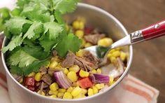 Salada mexicana com músculo.