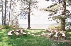 Coloca a tus invitados en redondo para la ceremonia