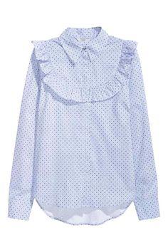 Bluzka z falbanką: Wzorzysta tkaninowa bluzka z mieszanki zawierającej bawełnę…