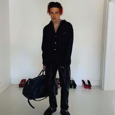 Dominic Harrison, Pretty Boys, Harem Pants, Black Jeans, Cute, Bond, Twitter, Fashion, Singers
