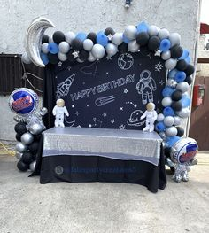 Cake table Space Theme for birthday party, 7th Birthday Party For Boys, Halloween First Birthday, Cake Table Birthday, Astronaut Birthday Party Ideas, Birthday Ideas, Space Party, Space Theme, Nasa Party, First Birthdays