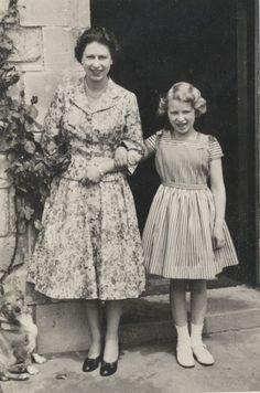 Queen Elizabeth and daughter