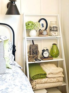 Cozy Little House: Bedroom Storage Ideas That Won't Break The Bank