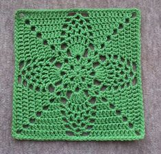 "Pineapple Granny 12"" Pillow-ghan Square, free pattern by Priscilla Hewitt.  Totally different looks can be achieved using different colors; check Ravelry Project Gallery.   . . . .   ღTrish W ~ http://www.pinterest.com/trishw/  . . . .   #crochet #motif"