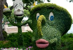 Flower & Garden Festival ~ Lumiere & Chip Topiaries ~ Focused on the Magic.com