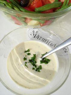 Sauce légère pour salades et crudités - Recette de cuisine Marmiton : une recette