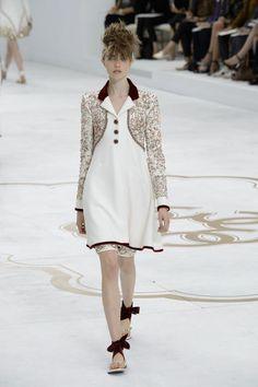 Défilé Chanel Automne-hiver 2014-2015 Haute couture | Le Figaro Madame