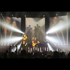 Listen to every Lady Antebellum track @ Iomoio Country Concerts, Country Music, Lady Antebellum Concert, Free Youtube, Concert Tickets, Internet Radio, Oh The Places You'll Go, Artist, Movies
