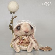 Soo cute I want to squish it Needle Felted Animals, Felt Animals, Needle Felting, Creepy Dolls, Textiles, Animal Pillows, Soft Sculpture, Creature Design, Furry Art