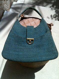 60's blue weave shoulder purse