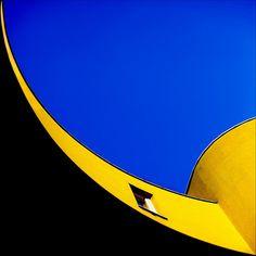 Wonderfully shot yellow building