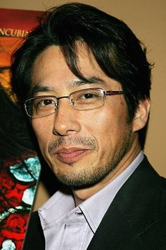 View Hiroyuki Sanada photo, images, movie photo stills, celebrity photo galleries, red carpet premieres and more on Fandango. Japanese Face, Forgetting The Past, Harrison Ford, Bear Men, Vogue, Movie Photo, Men's Grooming, Celebs, Celebrities