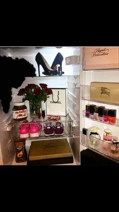 Stylish fridge Instagram @shoesday