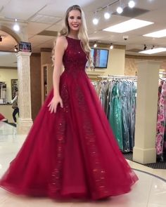 Burgundy prom dress - Beautiful A Line Round Neck Burgundy Prom Dresses 2019 with Appliques – Burgundy prom dress Best Formal Dresses, Prom Dresses Two Piece, A Line Prom Dresses, Ball Dresses, Sexy Dresses, Ball Gowns, Bridesmaid Dresses, Elegant Dresses, Wedding Dresses