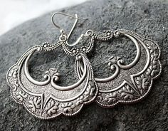 Morrocan Hoop Earrings Arabesque Silver Dangles Boho Earrings Boho Jewelry Art Deco Boho Jewelry